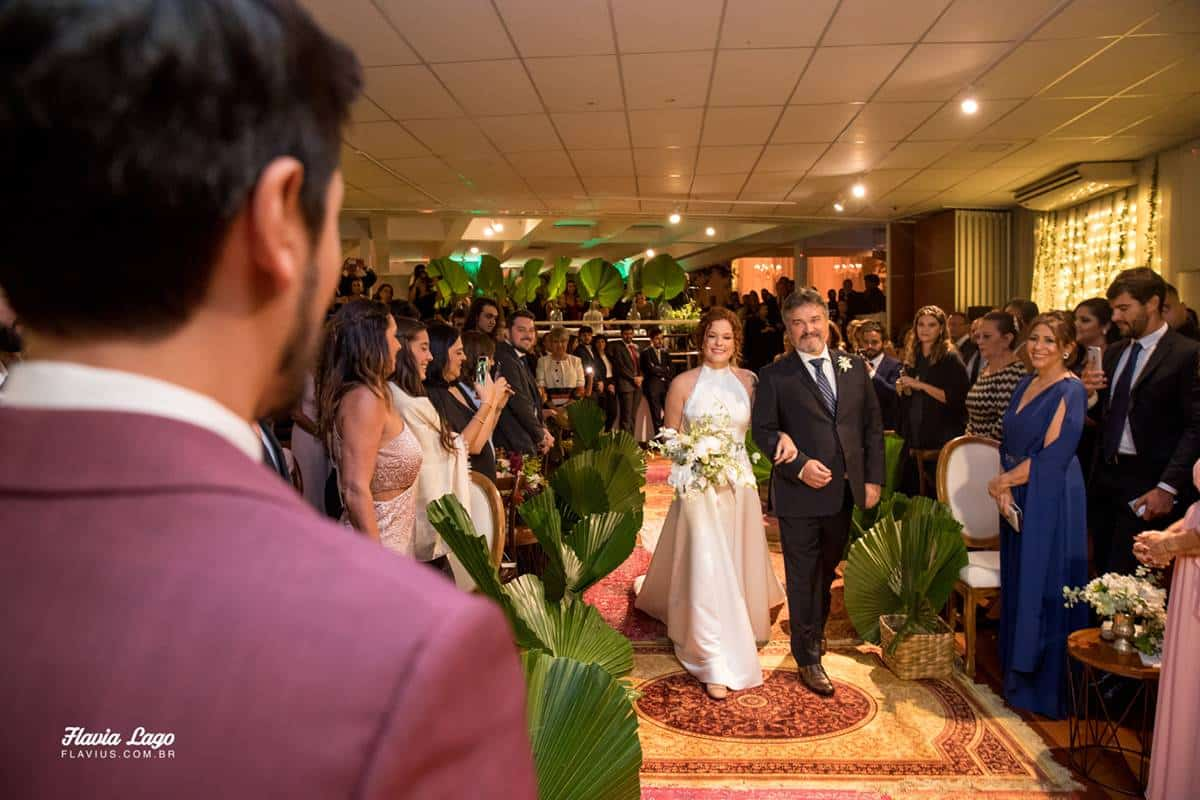 Momento do sim para Casamento Industrial